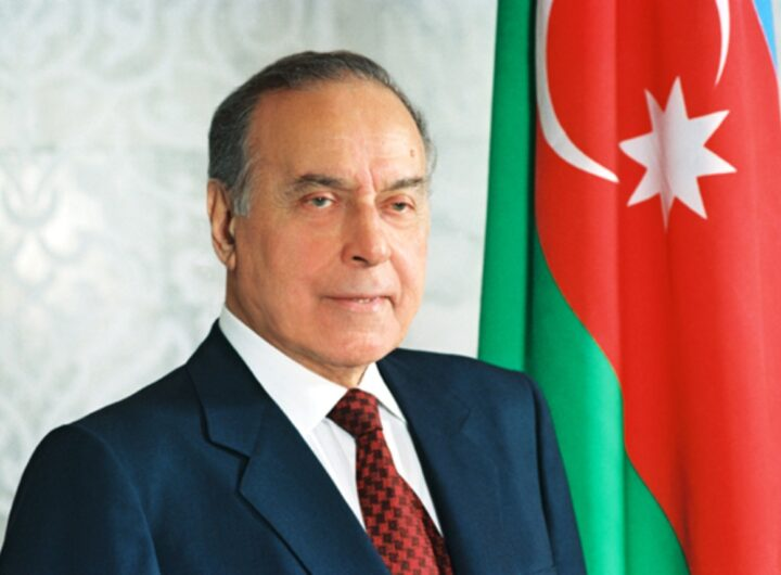 «أذربيجان» تحتفل بميلاد الزعيم « حيدر علييف » مؤسس النهضة
