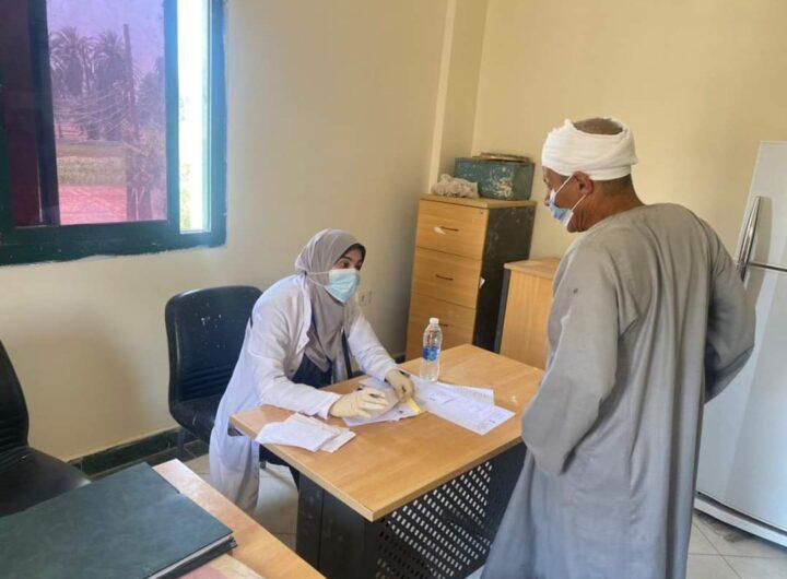 قافلة جامعة المنيا تجوب قرية جبل الطير وحملة توعوية من مخاطر الإدمان والمخدرات