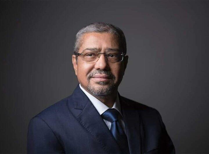 إبراهيم العربي يهنئ منتسبي الغرف التجارية بحلول عيد الفطر المبارك
